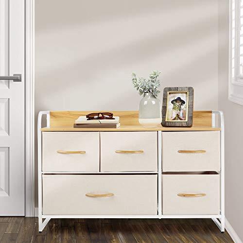 mDesign Cómoda para dormitorio con 5 cajones – Mueble con cajones ancho para el salón, la habitación o el pasillo – Cajonera de metal, MDF y tela para guardar ropa – crema y blanco