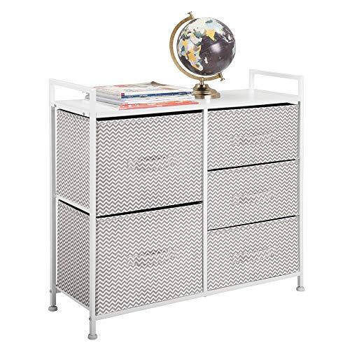 mDesign Cómoda de tela – Estrecho organizador de armarios con 5 cajones – Práctico mueble cajonera para el dormitorio, la habitación infantil o zonas pequeñas – Armario con cajones – topo/blanco